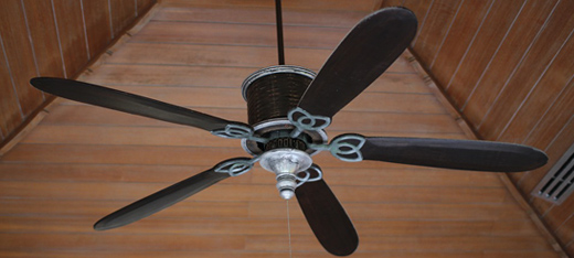 How to Find the Best Ceiling Fan to Cool Your Room